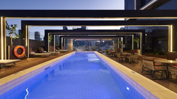 The outdoor pool at DoubleTree by Hilton Perth.