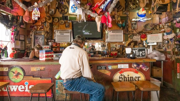 11th St Cowboy Bar, Bandera.