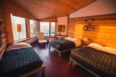 A room in the main lodge at Blachford Lake.