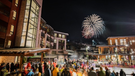 Aspen locals used to refer to Snowmass and 'Slowmass' because of its dead night life, but that's no longer the case.