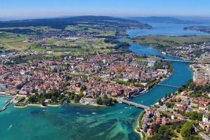 Who has heard of Lake Constance? Not Australians, Americans or Chinese.