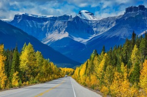 Majestic mountains and glaciers in the Canadian Rockies, Banff National Park.