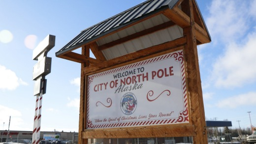 A Welcome to North Pole sign.