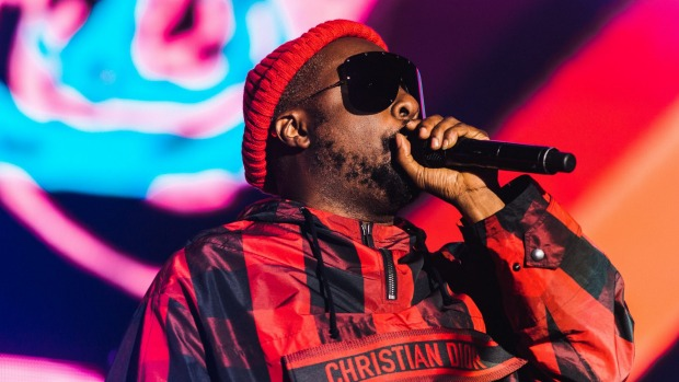 """Will.i.am claimed the cabin crew member """"singled every person of [colour in] the flight and gave them a hard time""""."""