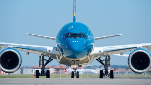 Vietnam Airlines' Airbus A350-900s could fly non-stop between Los Angeles and Ho Chi Minh.