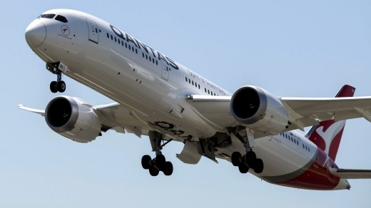 Qantas Boeing 787 Dreamliners will replace 747 jumbo jets on the scenic Antarctica flights for the first time.