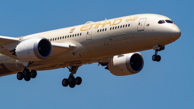 Etihad Airways will launch a 'flying laboratory' Boeing 787 Dreamliner nicknamed the 'Greenliner'.