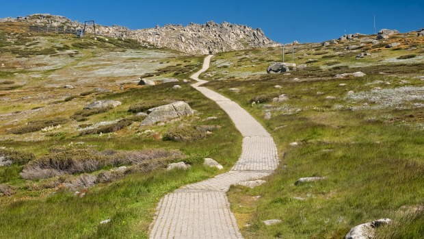 Mount Kosciuszko, mainland Australia's high-point, is the sort of mountain that would be classified as a lump were it ...