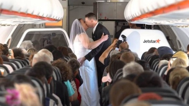 The couple wed 10,000 metres above the Tasman Sea.
