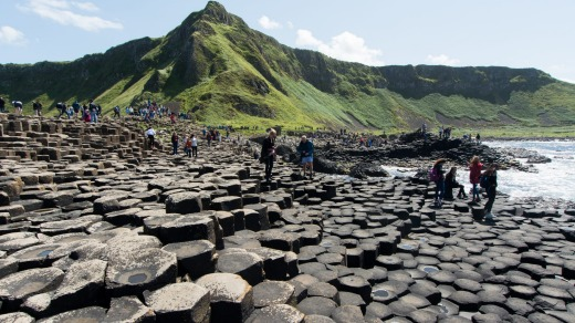 Bushmills: crowd of tourists to see Giant's Causeway.