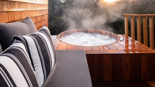 The lodge's premium King Billy Suites have al fresco hot-tubs-cum-Jacuzzis, from where you can view wombats, wallabies ...
