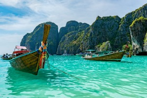 Thailand has more than 1000 islands, but which is the biggest?