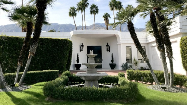 Palm Springs is a treasure trove of modernist architecture.