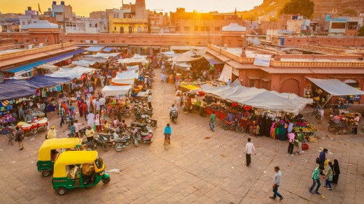 A typically busy market in Jodhpur's Old City.