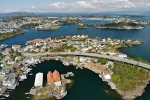 If you take a look at the Norwegian coastline including Stavanger, pictured,  you can see that it is somewhat bitty, and ...