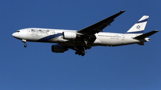 El Al made its first non-stop flights to Australia, bringing home Australian citizens and picking up Israelis.