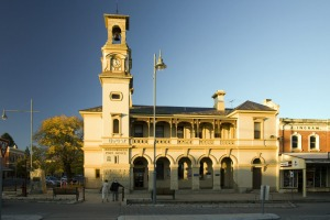 Beechworth's streets are lined with historic buildings.