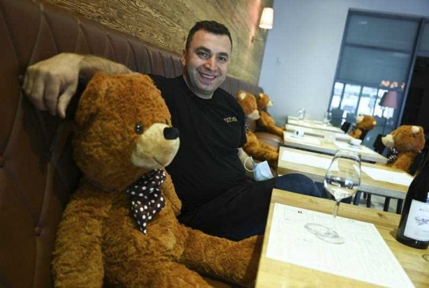 In Hofheim, Germany, the Beef'n Beer is using large teddy bears seated at some tables to keep diners properly spaced apart.