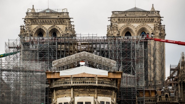 The dismantling of the Notre-Dame cathedral scaffolding began Monday.