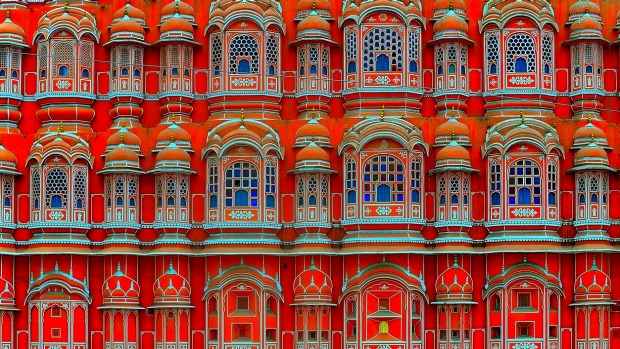 Be dazzled: The ten most colourful places on Earth