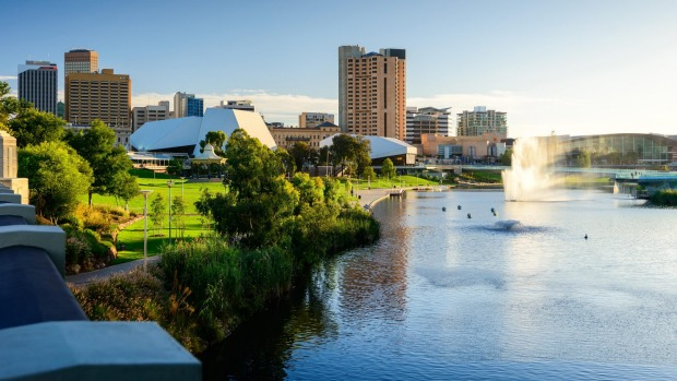 Stay in the heart of Adelaide at Rydges.