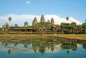 See the highlights of Vietnam and Camodia, like the stunning Angkor Wat, with APT.