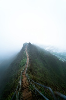 """Hawaii: """"When it comes to beauty it's hard to top the hikes and beaches in Hawaii."""""""