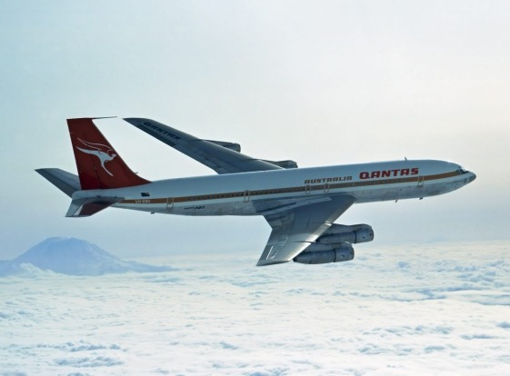 1970s: Boeing 707 livery.
