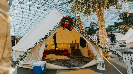 Glampcation in the Clouds, is hosted in Cloud9 Piazza on the airport's fifth floor with views of the Rain Vortex waterfall.