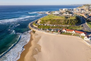 Nobbys Beach and Fort Scratchley.