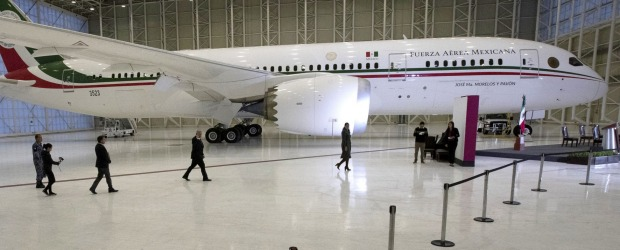 Mexican President Andres Manuel Lopez Obrador, centre left, has been trying to sell off the country's presidential jet, ...