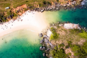 Located 90 minutes drive out of Nhulunbuy, where two perfect beaches meet at a rocky island, Lonely Beach is dead-set ...