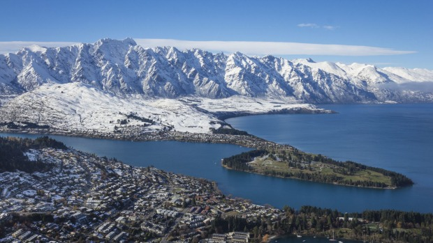 Queenstown in New Zealand is preparing for a large influx of Australian tourists this winter.