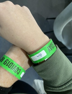 Wristbands to identify guests in hotel quarantine.