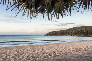 Noosa Main Beach with a Luxury Escapes stay at Sunset Cove Noosa Resort