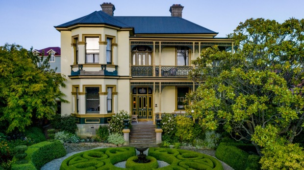 In 1878, Alfred Crisp, the son of a convict, built Corinda as his family home.