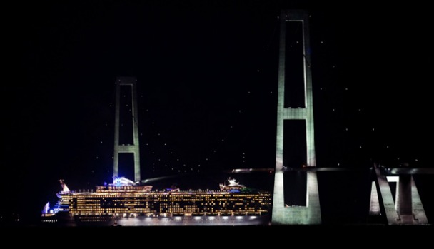 Oasis of the Seas passes under the Great Belt Bridge between the Danish islands Funen and Zealand on November 1. The ...