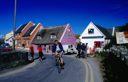 COUNTY CLARE, IRELAND. Beginning in fertile lowlands flanking the Shannon estuary, this route rolls past golden-sand ...