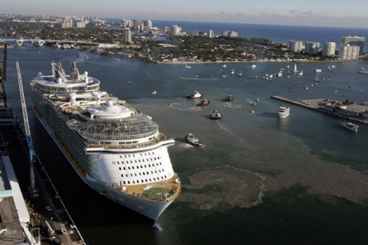 Royal Caribbean International's newest cruise ship, the highly-anticipated Oasis of the Seas, makes her US debut into ...