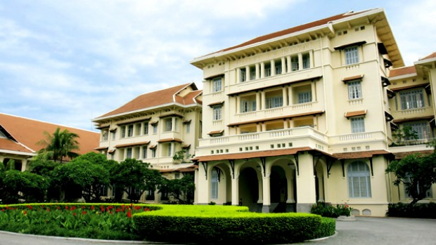 Raffles Hotel Le Royal One Of The Most Elegant Colonial Hotels In South East