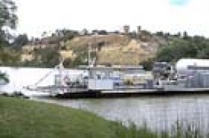 The ferry at Waikerie